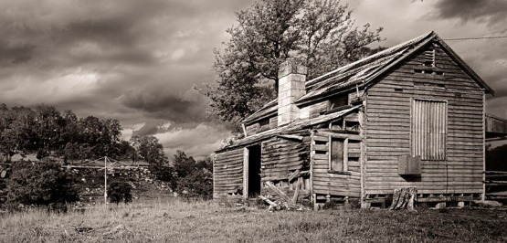 Putty Rd Shack 2_Mono