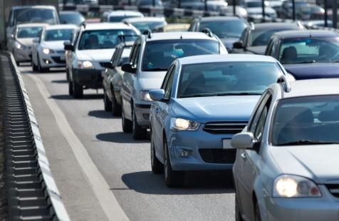 traffic-jam-oncoming-traffic